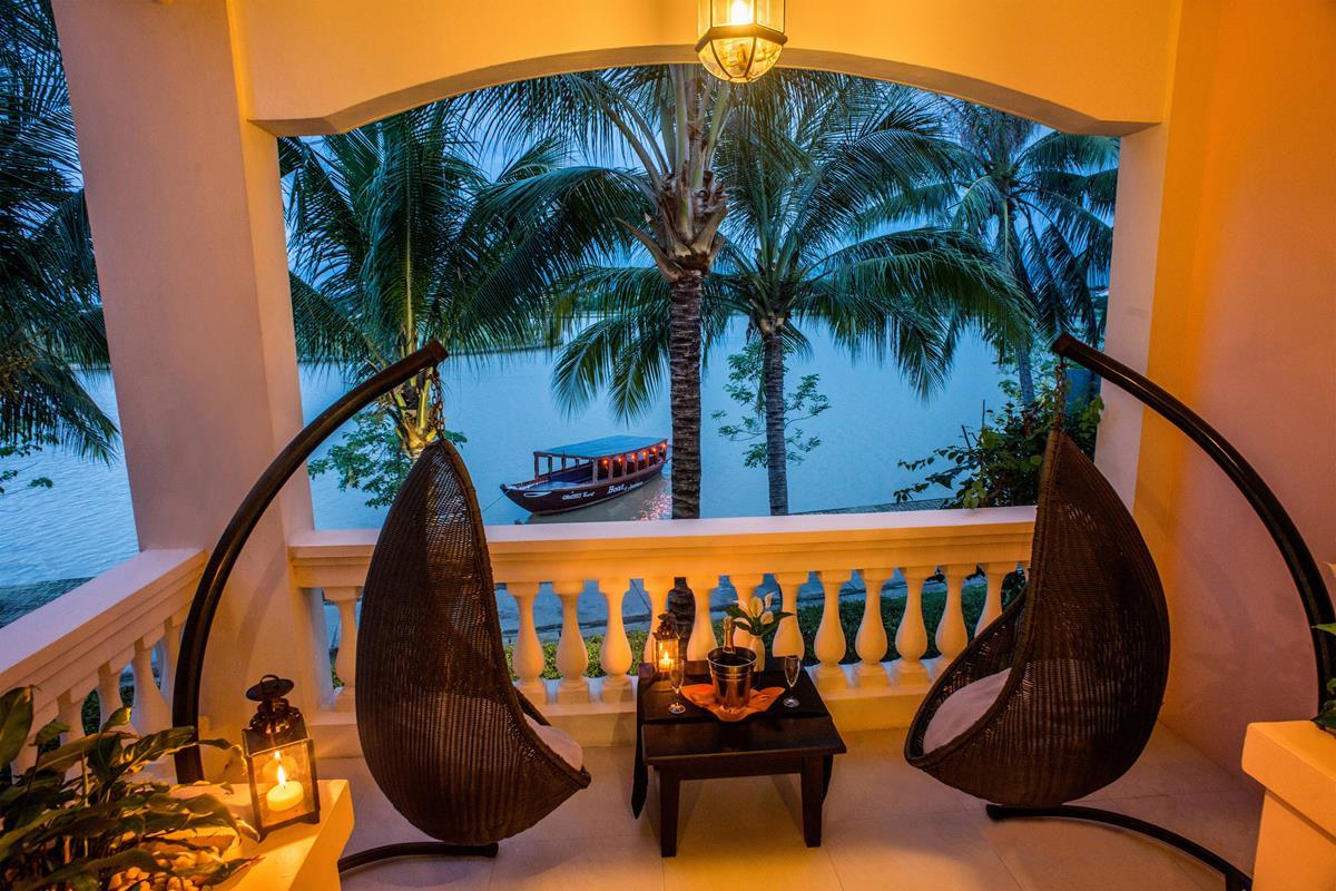 Anantara – Balkon River View Suite