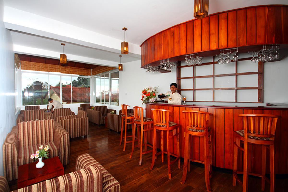 Glenfall Reach Hotel – Bar