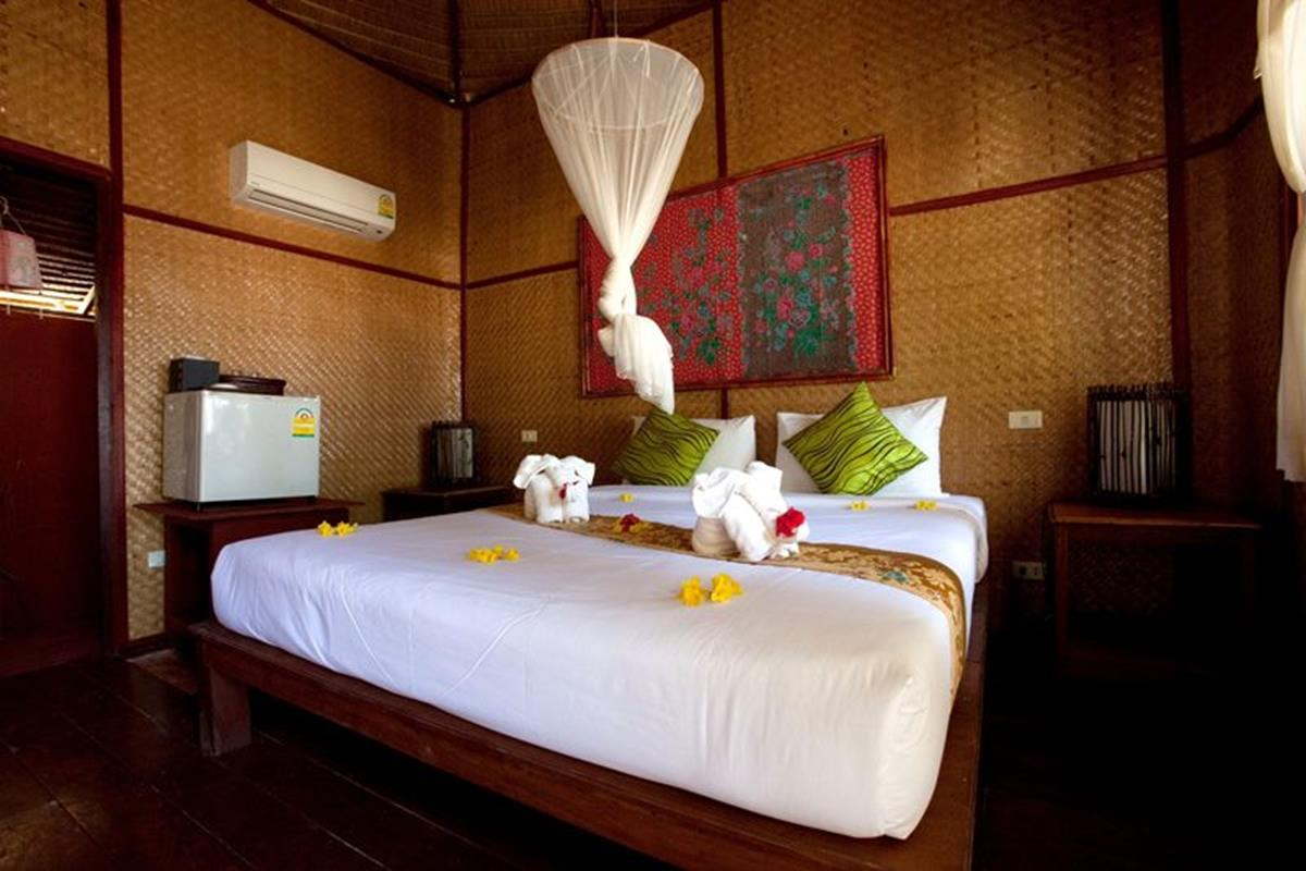 Mayalay Beach Resort – Cottage