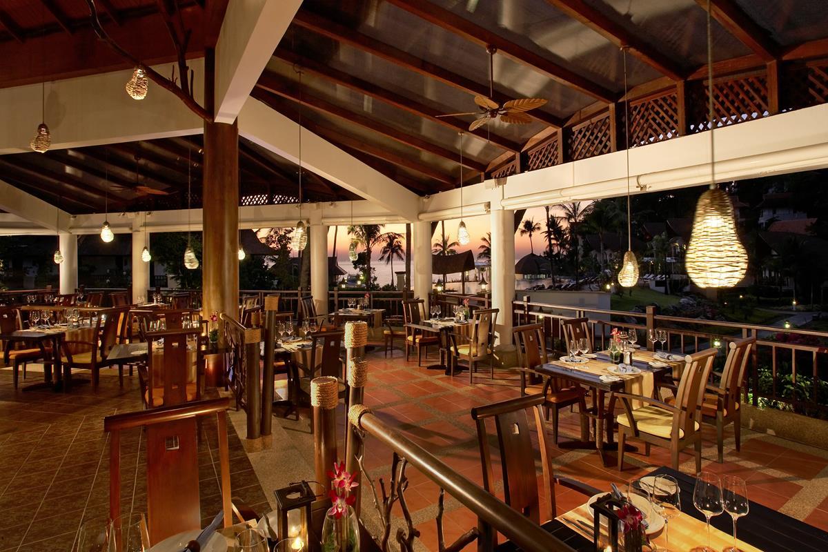 Rawi Warin Resort & Spa – Restauracja
