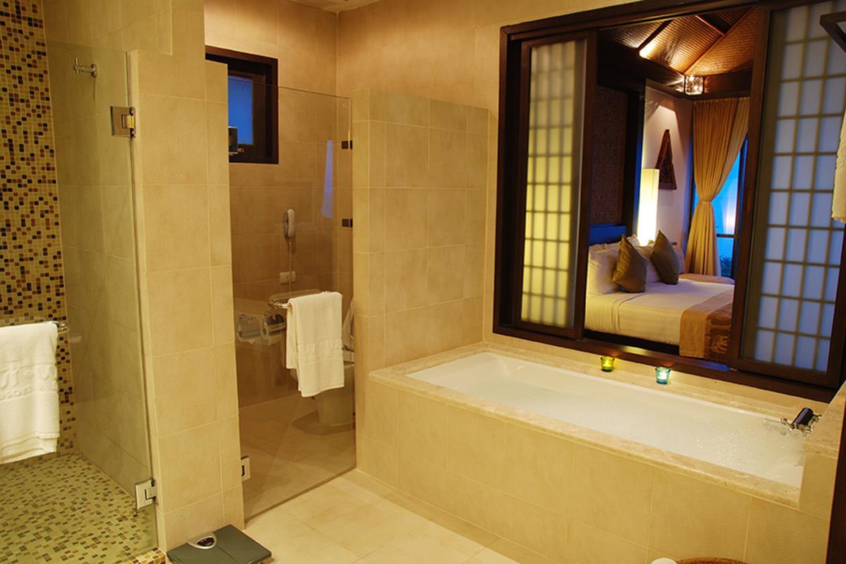 Rawi Warin Resort & Spa – Sunset Pool Villa