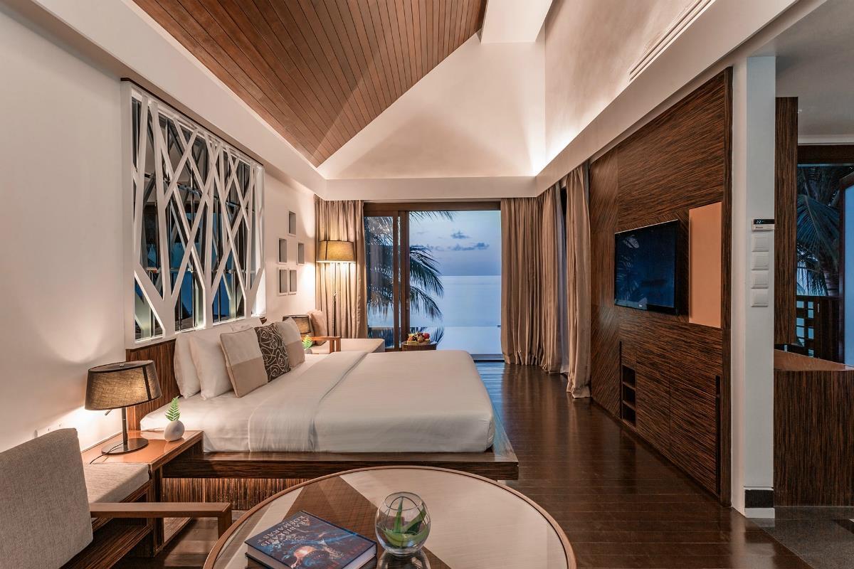 Bandos Maldives – Willa z basenem
