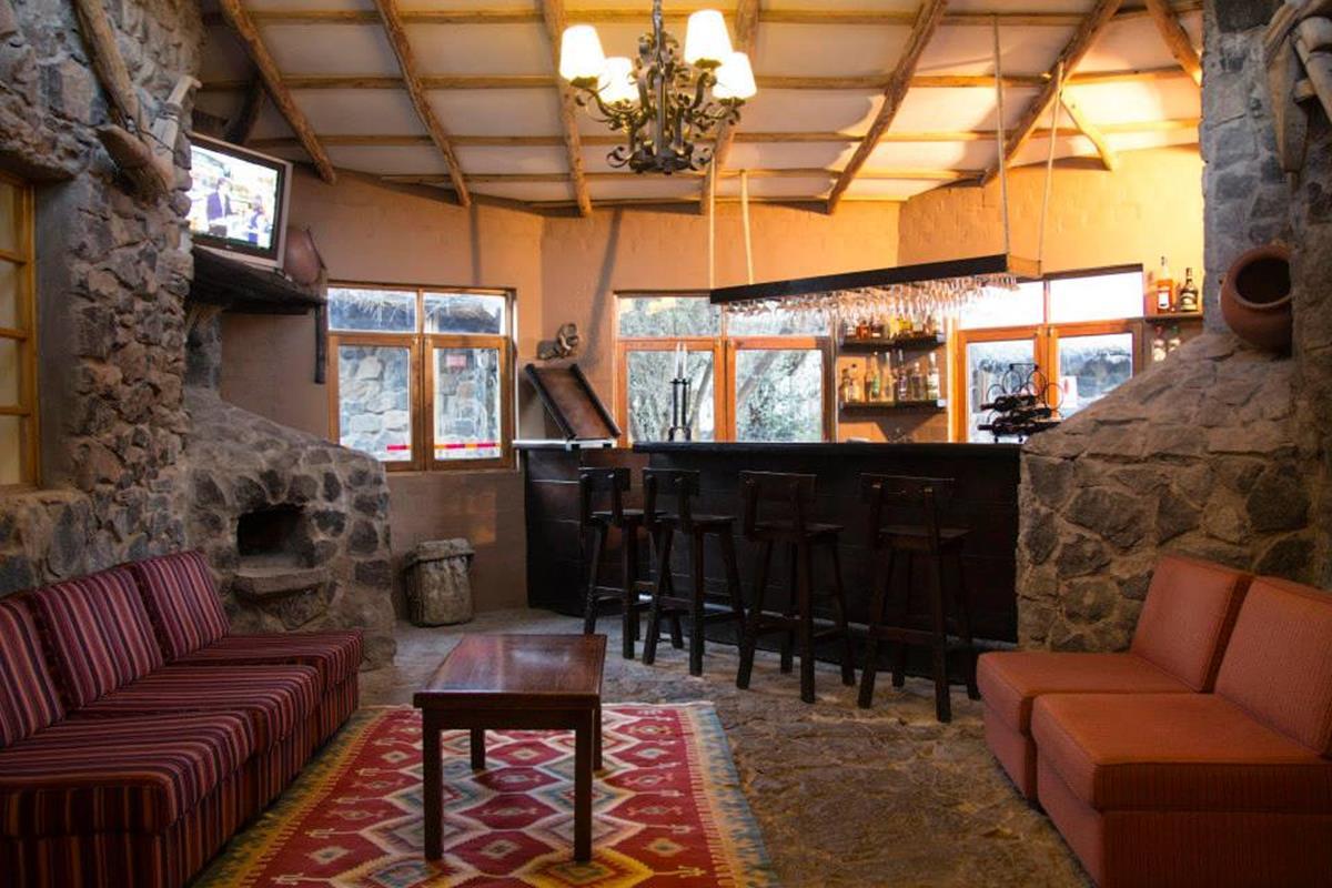 Casa-Andina-Classic-Colca-Bar