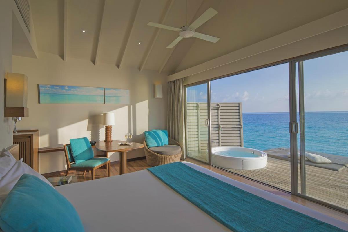 Centara Ras Fushi – Premium Deluxe Spa Water Villa