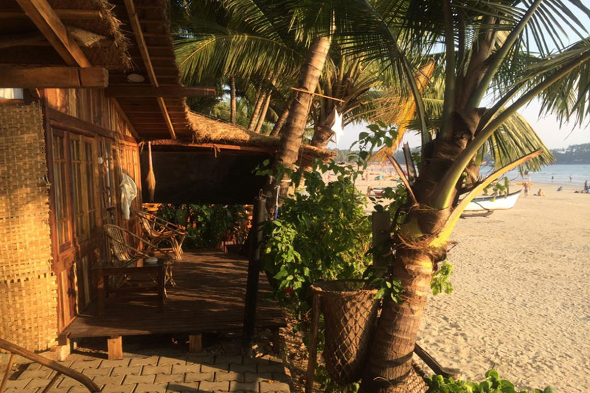 Ciaran's – Sea Vie Huts