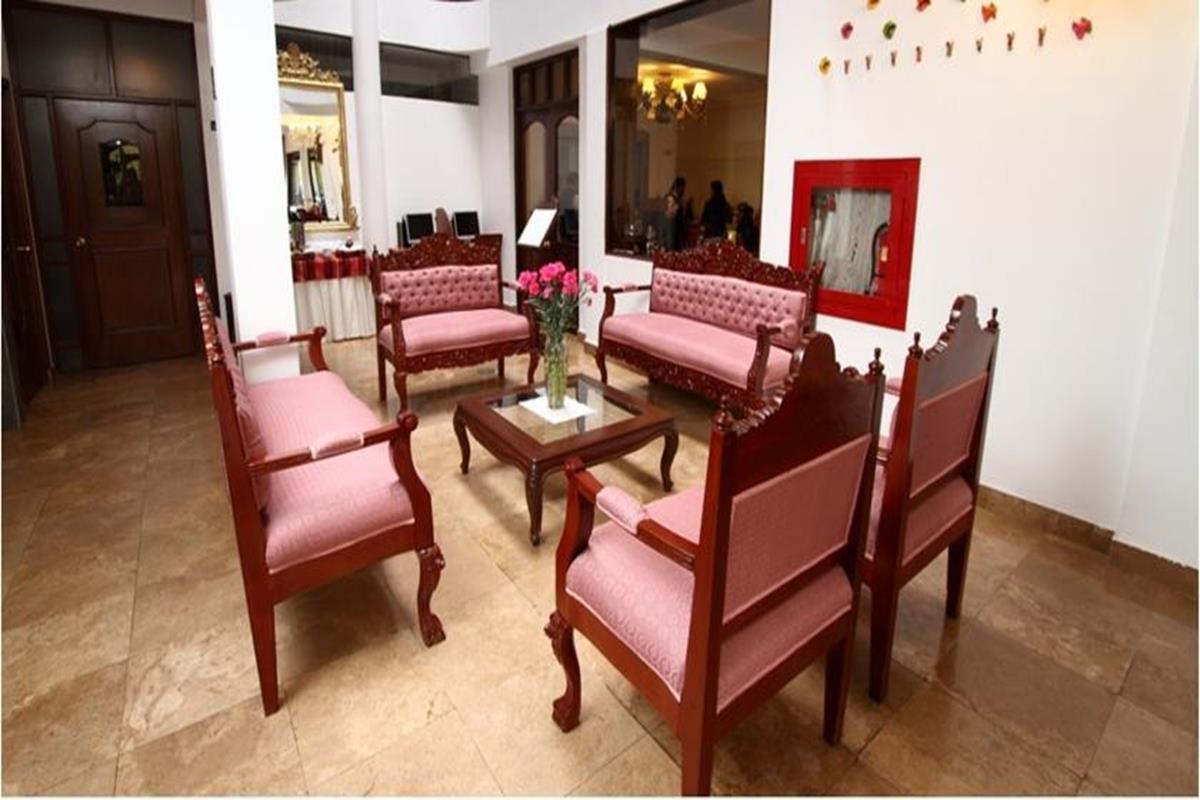 Hacienda Plaza de Armas – Lobby