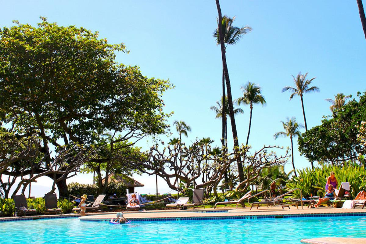 Kaanapali Beach Hotel – Basen