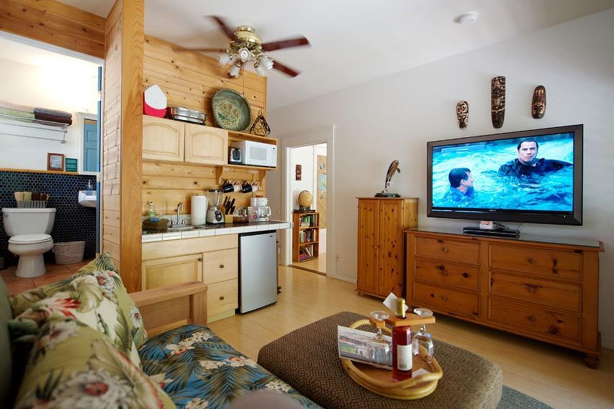 Kauai Country Inn – Orchid Suite