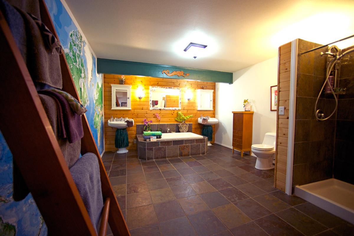 Kauai Country Inn – Plumeria Suite