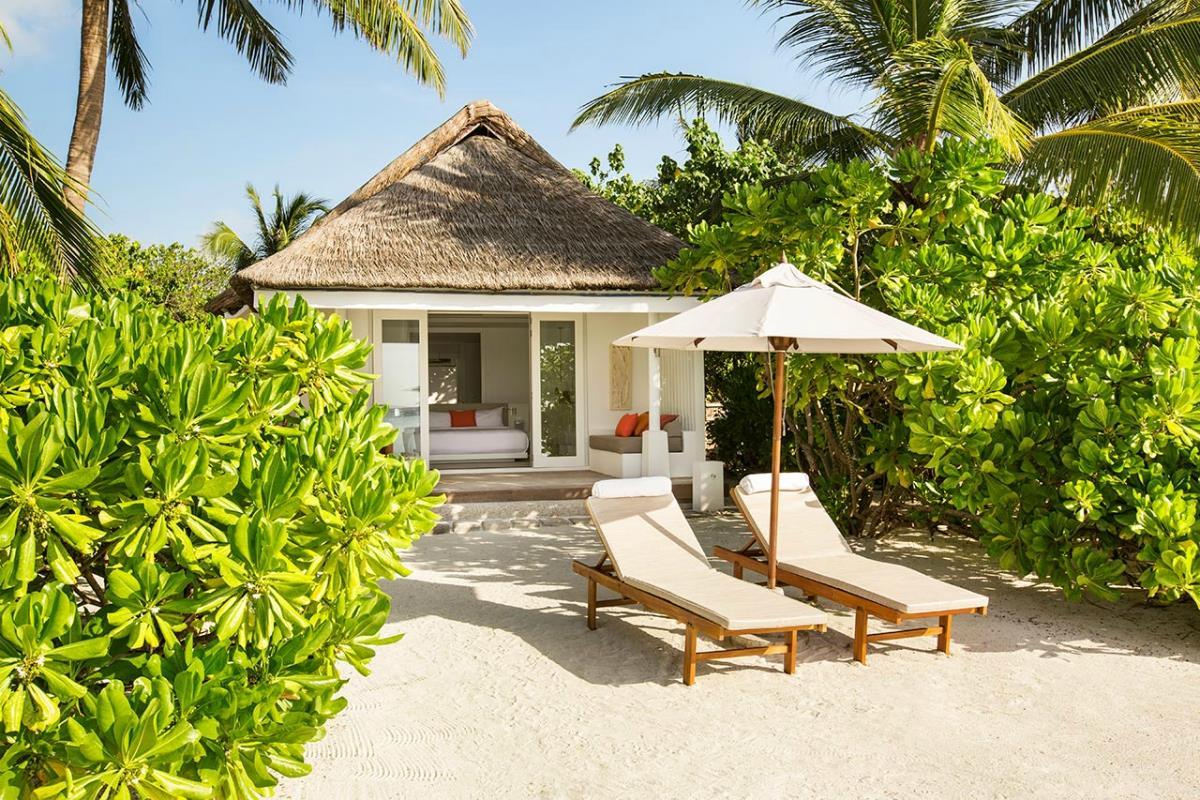 LUX Maldives – Beach Villa