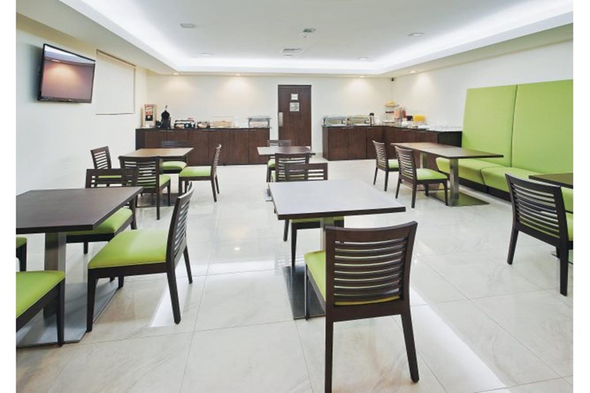 Wyndham Garden Cancun Downtown – Restauracja