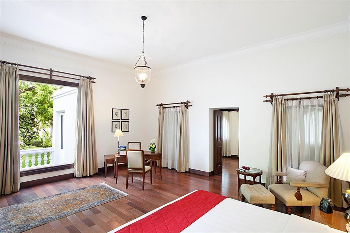 Maidens Hotel – Luxury Suite