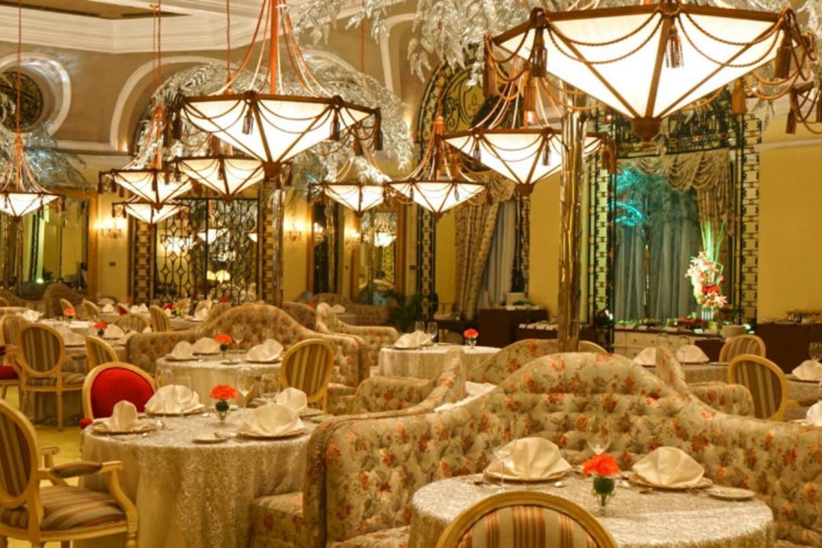 Manila Hotel – Restauracja Champagne Room