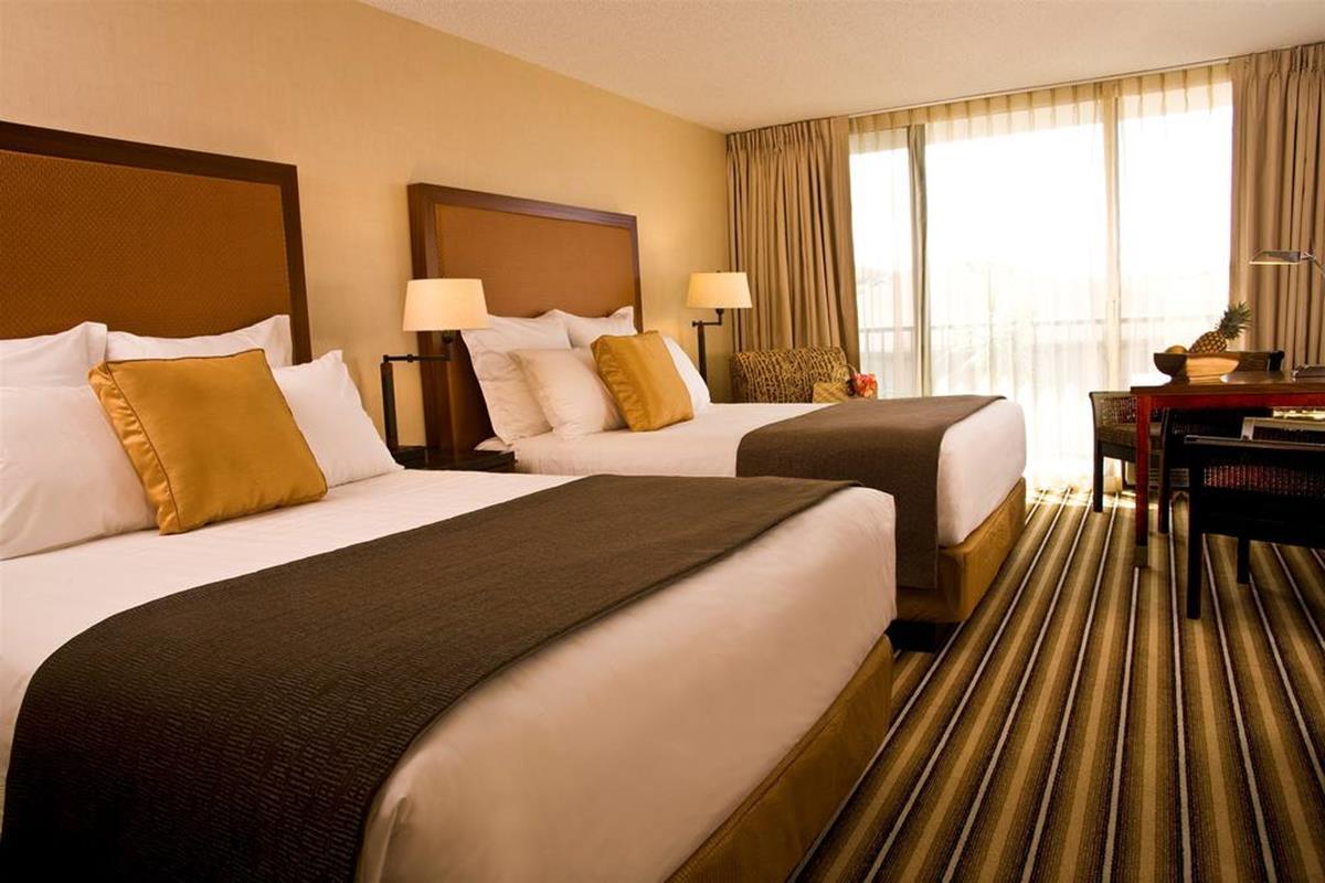 Maui Coast Hotel – Pokój Deluxe Double Queen