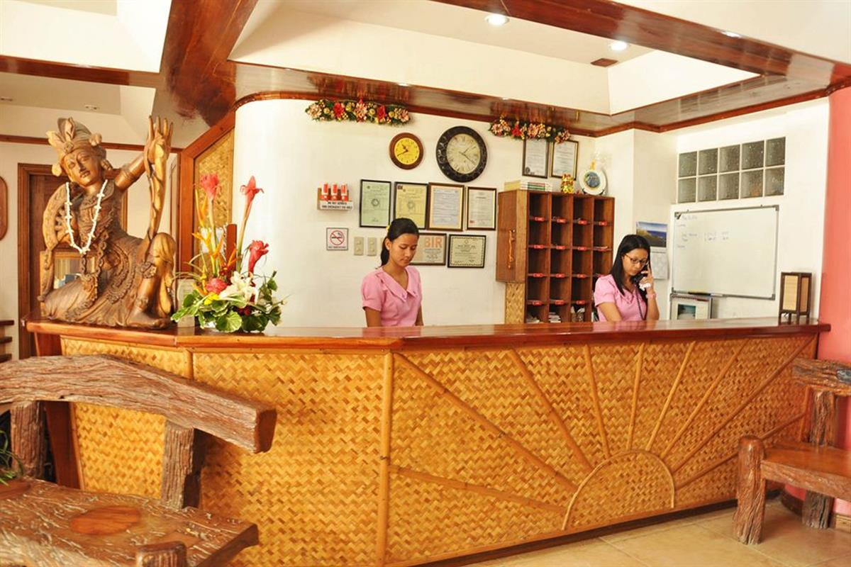 Nigi Nigi Too Beach Resort – Recepcja