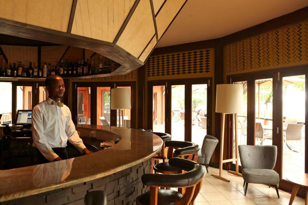 Omali Lodge – Bar