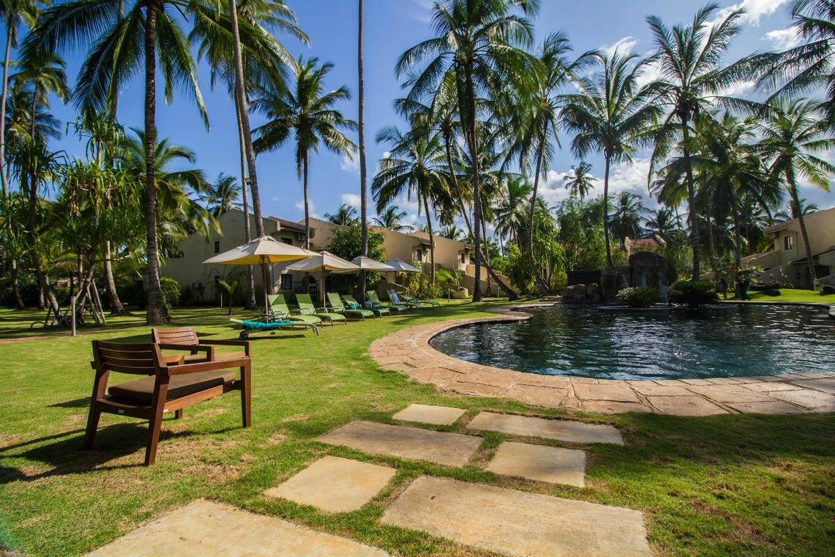 Omali Lodge – Basen