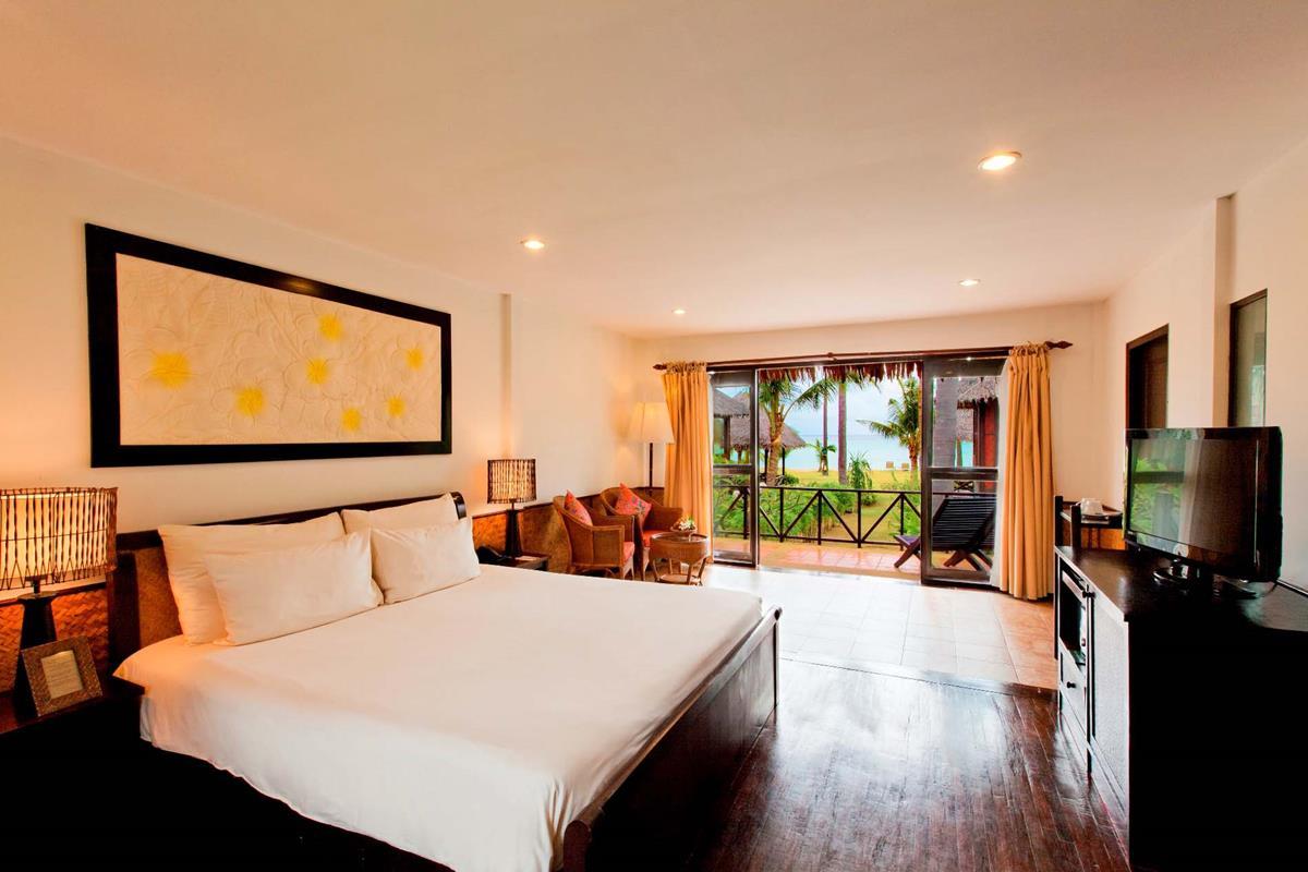Phi Phi Island Village Beach Resort – Deluxe