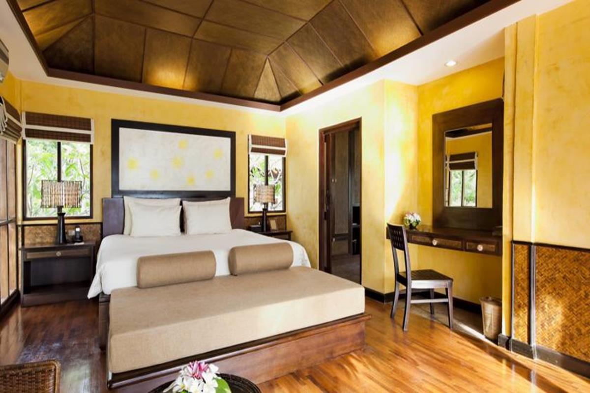 Phi Phi Island Village Beach Resort – Junior Suite