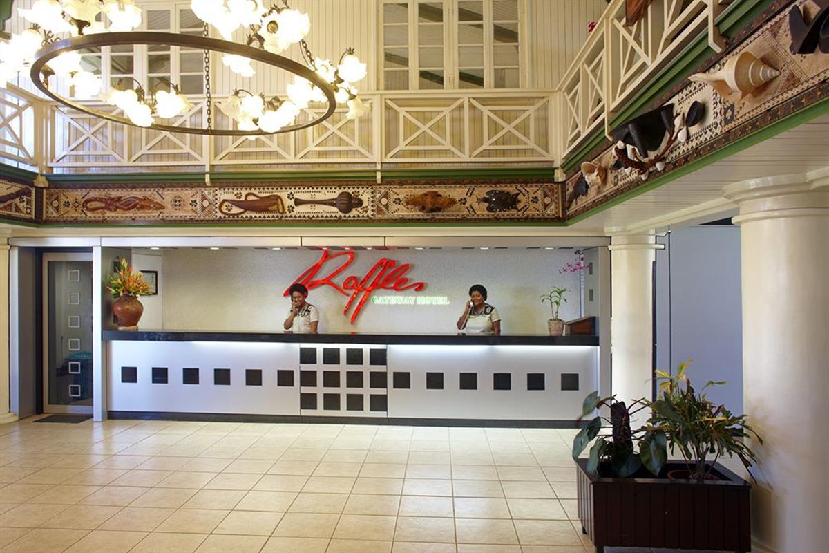 Raffles Gateway – Recepcja