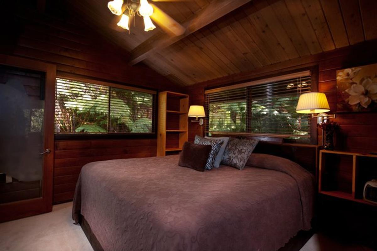 The Chalet Kilauea – Hapu'u Forest Bungalow
