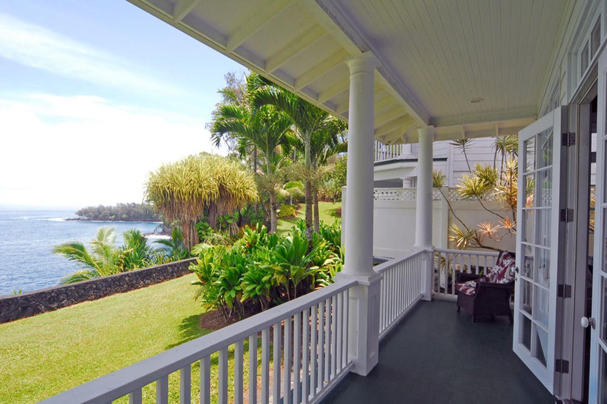 The Palms Cliff House Inn – Balkon