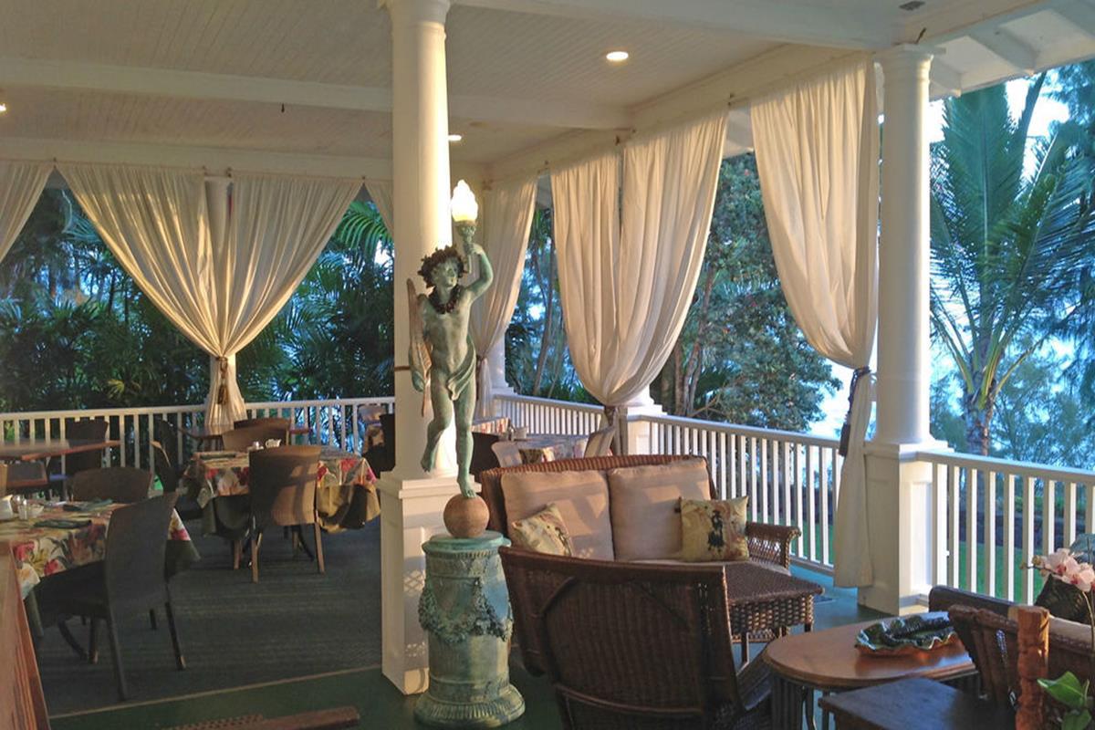 The Palms Cliff House Inn – Restauracja