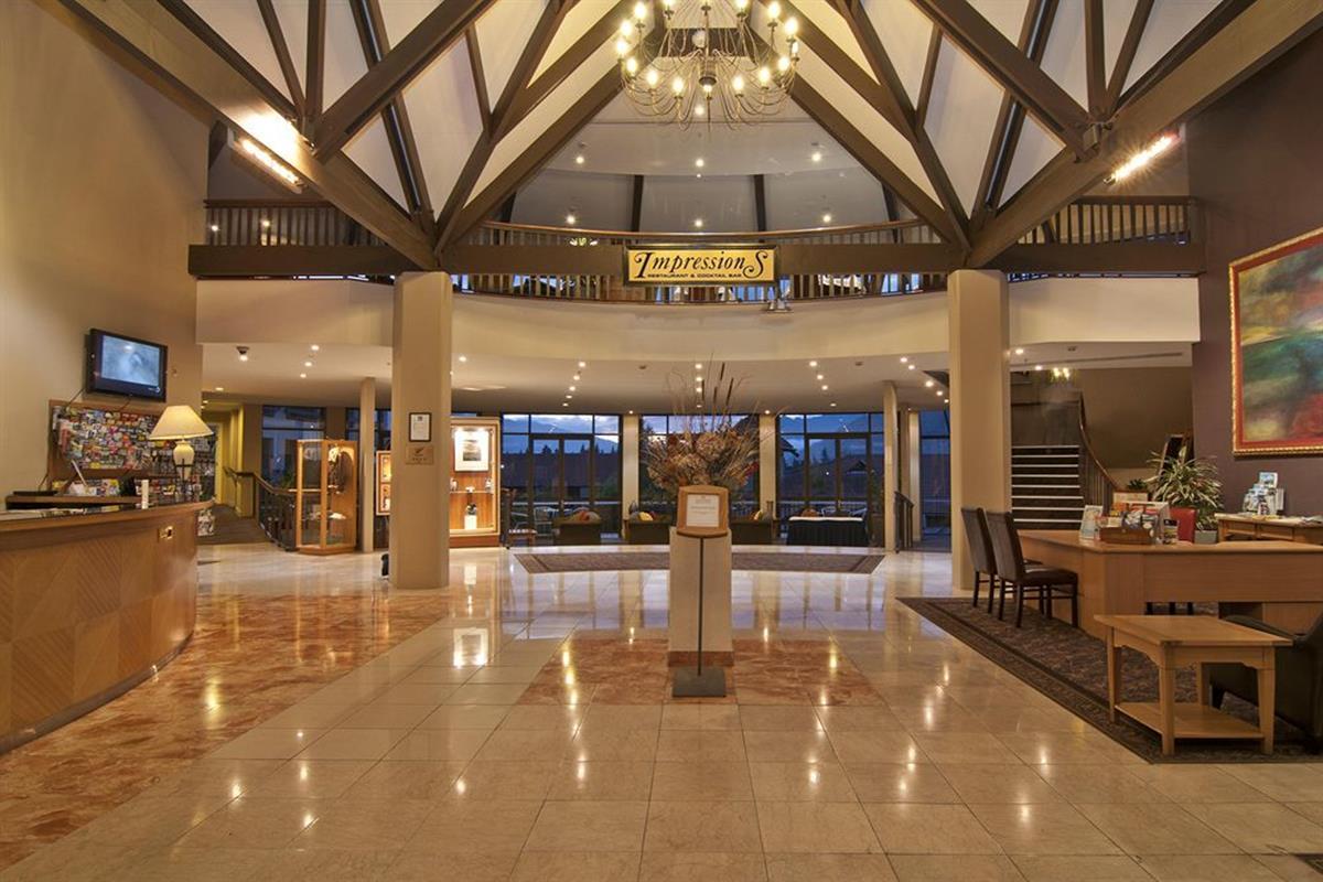 Copthorne Hotel & Resort Queenstown Lakefront – Lobby