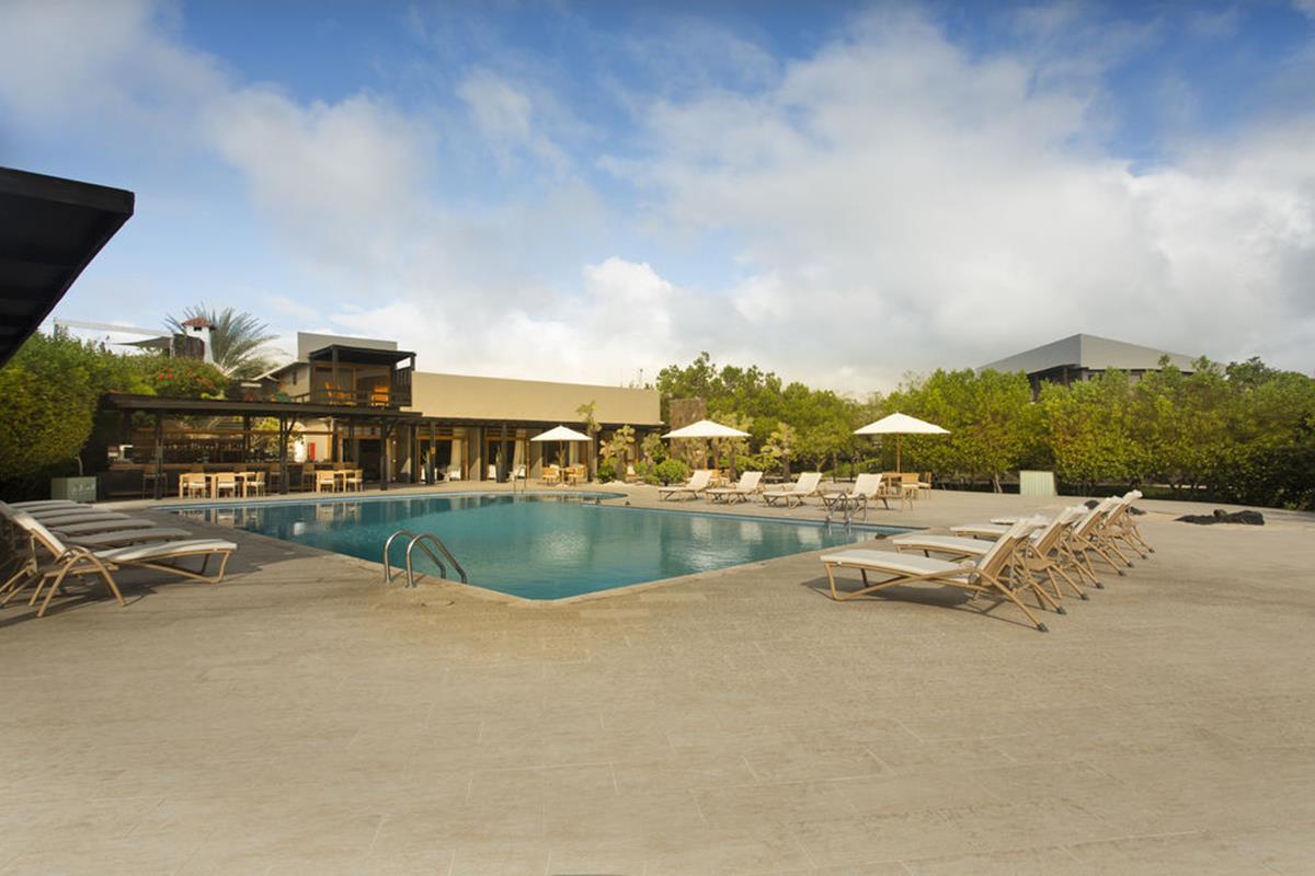 Finch Bay Eco Hotel – Basen