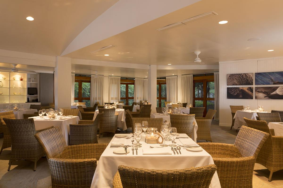 Finch Bay Eco Hotel – Restauracja