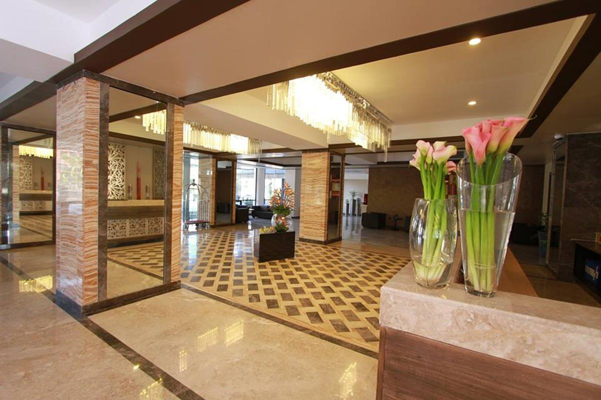 Royal Orchid Azure – Lobby