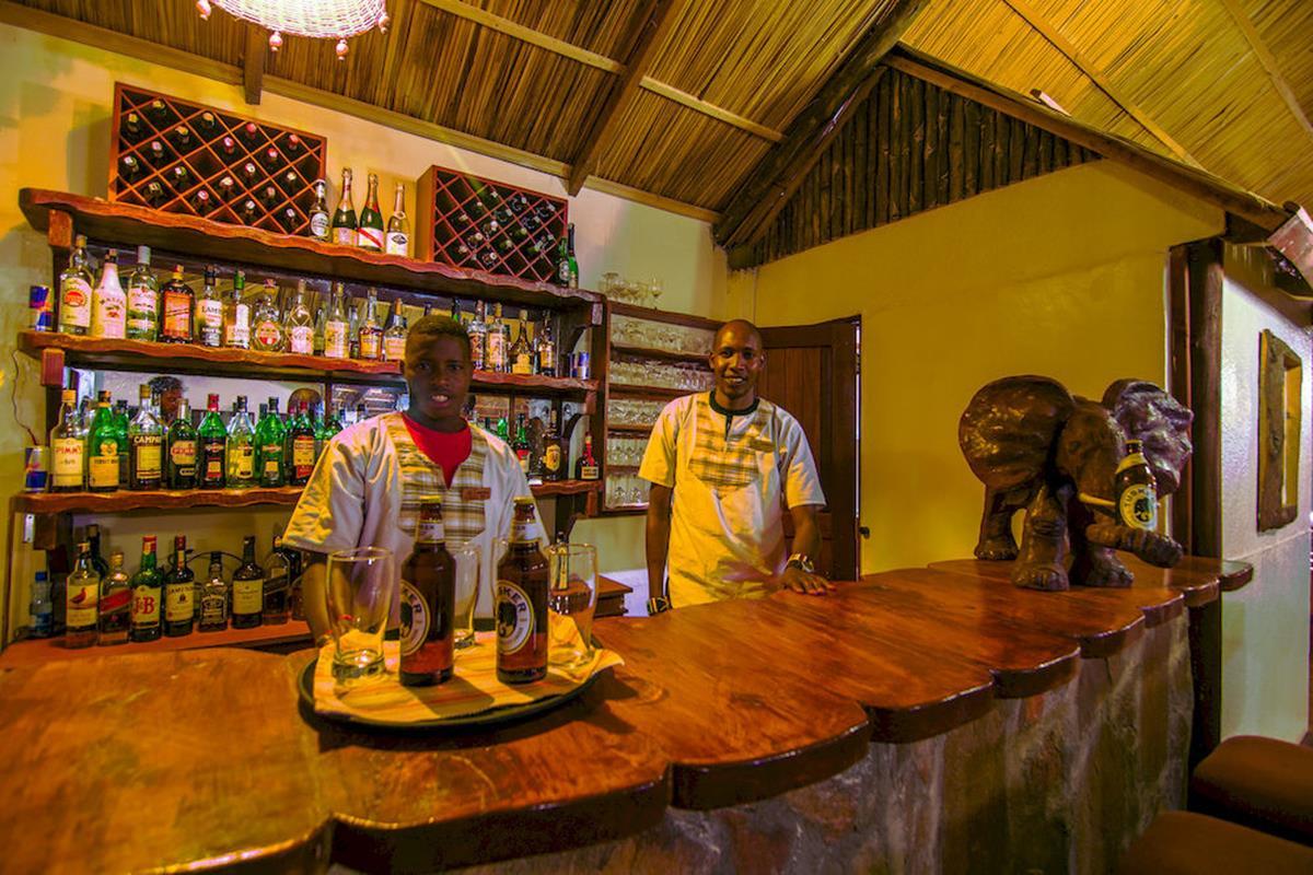 Sentrim Mara Camp – Bar