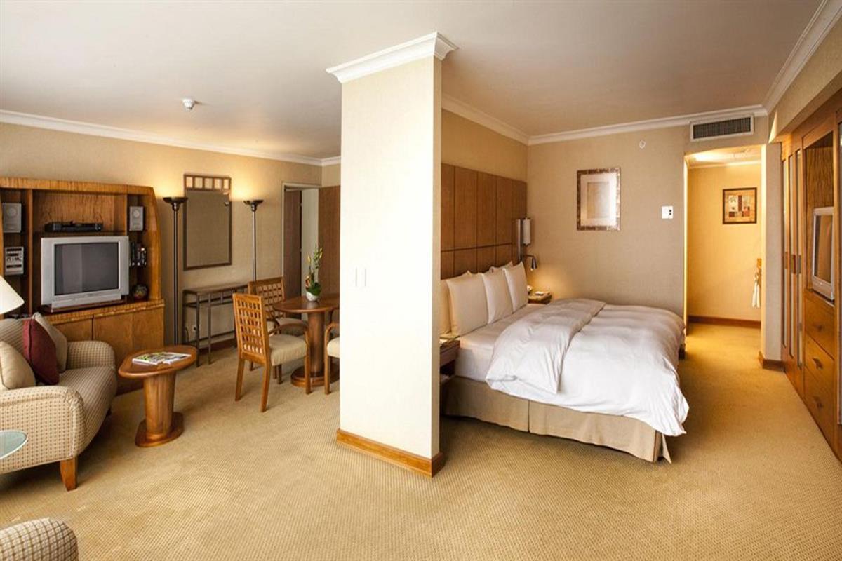 Swissôtel Quito – Pokój Business Suite