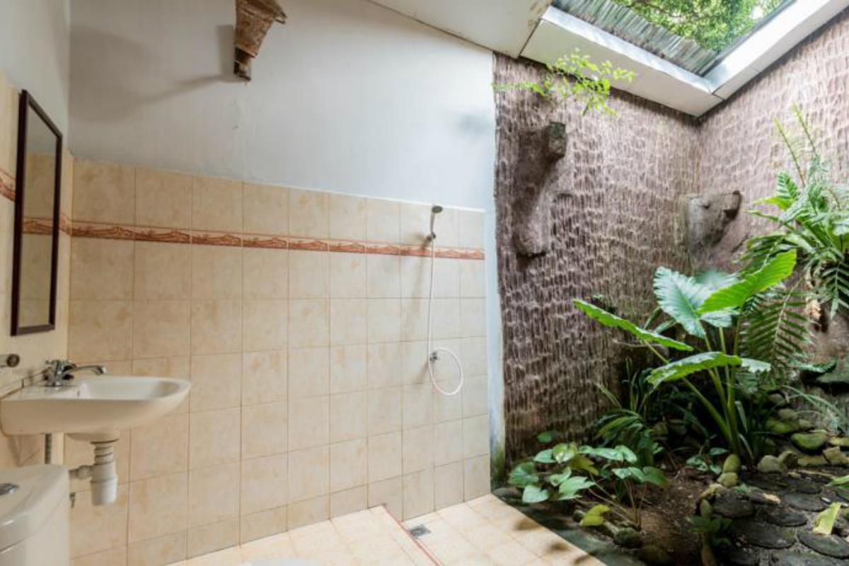 Ecolodge Bukit Lawang Cottages – Łazienka