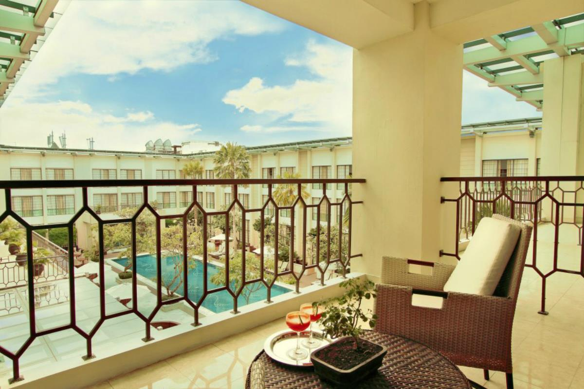 Hotel Aryaduta – Taras