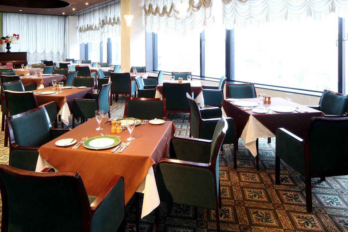 Miyako Hotel – Restauracja Belle Vue