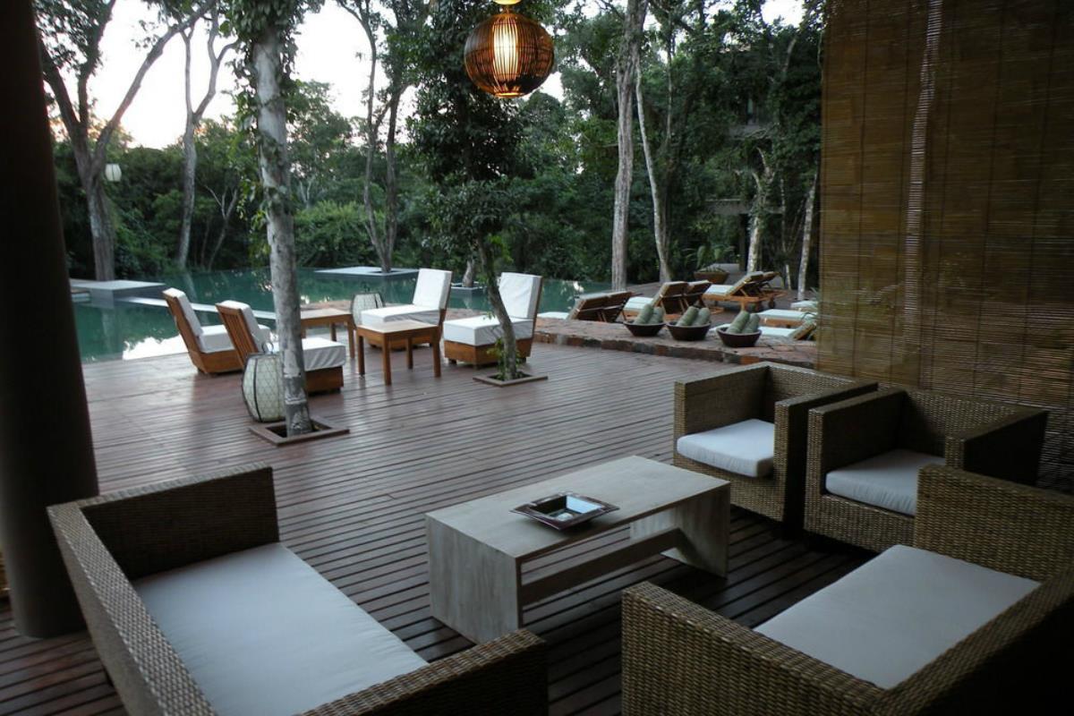 Loi Suites Iguazu Hotel – Bar przy basenie