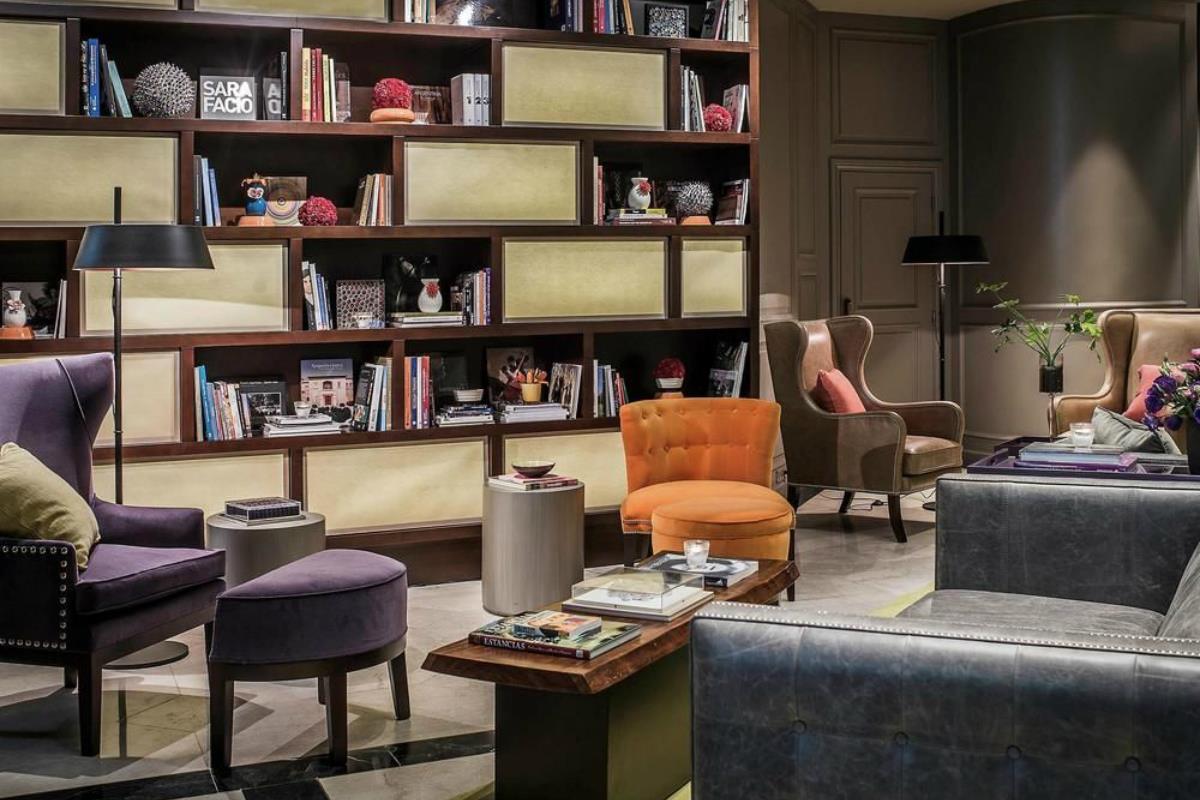 The Brick Hotel Buenos Aires – Biblioteka