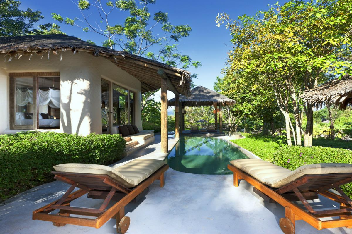 The Naka Island – Tropical Pool Villa