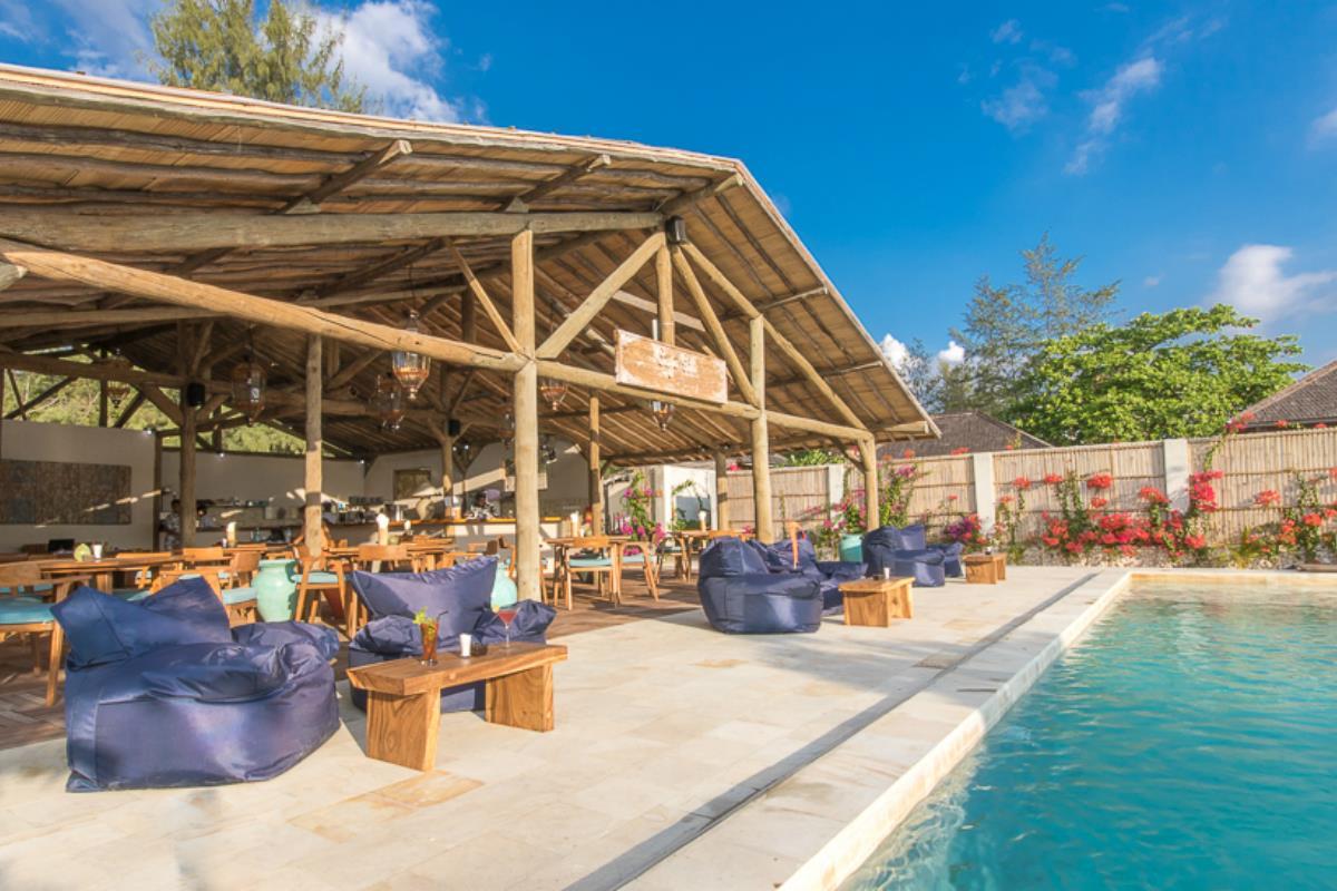 Avia Villa Resort – Bar