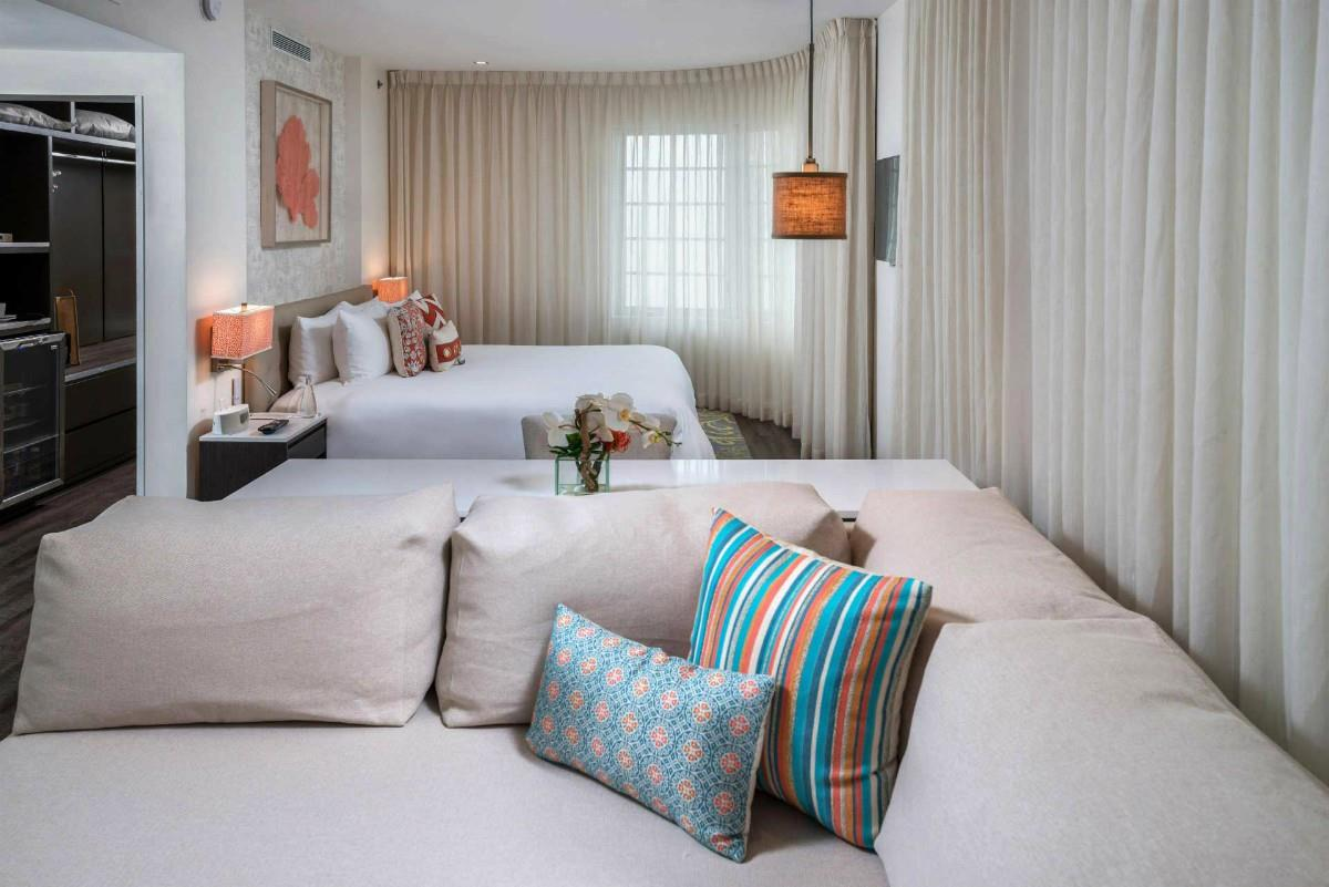 The Marlin – Superior Deluxe Suite