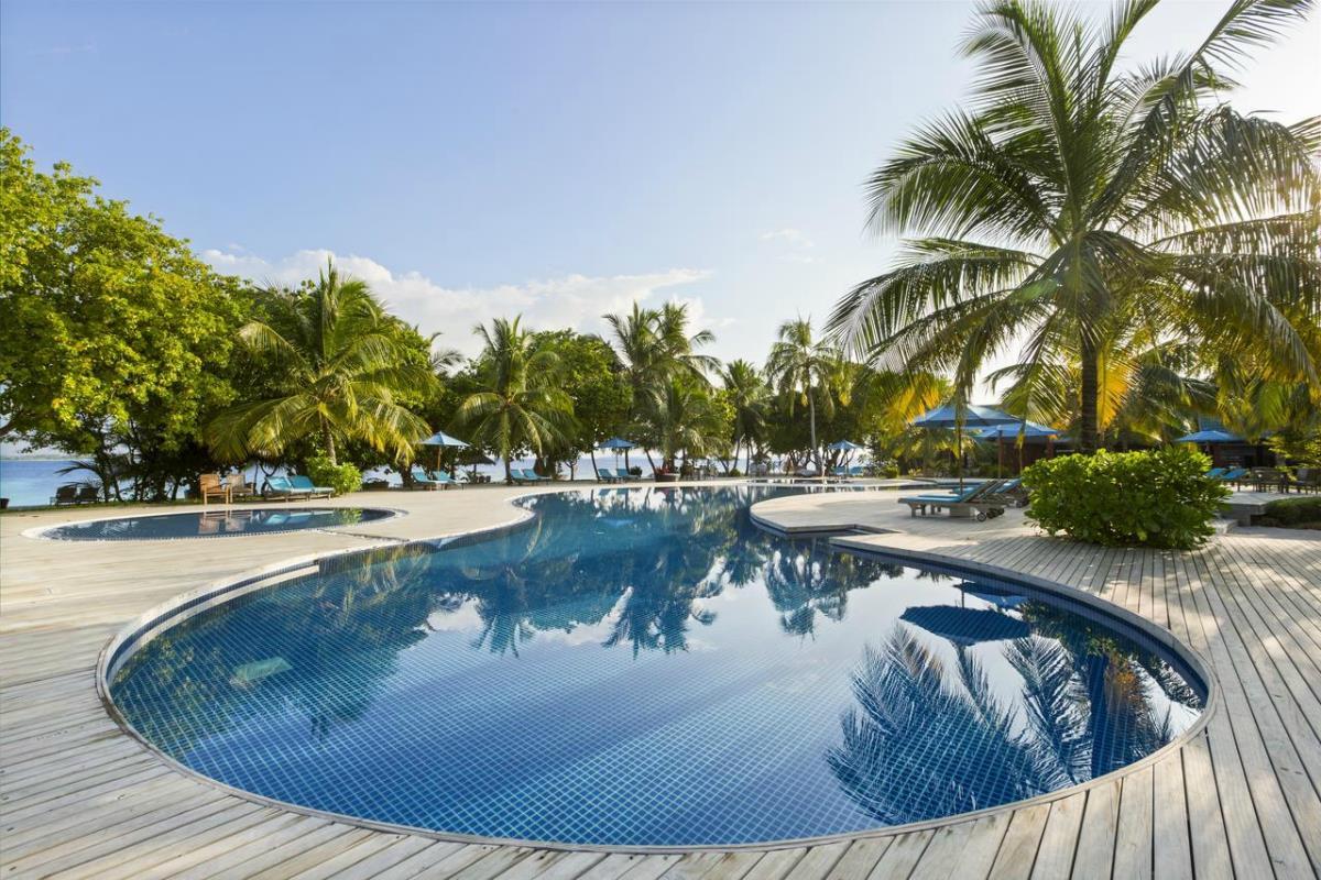 Furaveri Island Resort & Spa – Basen