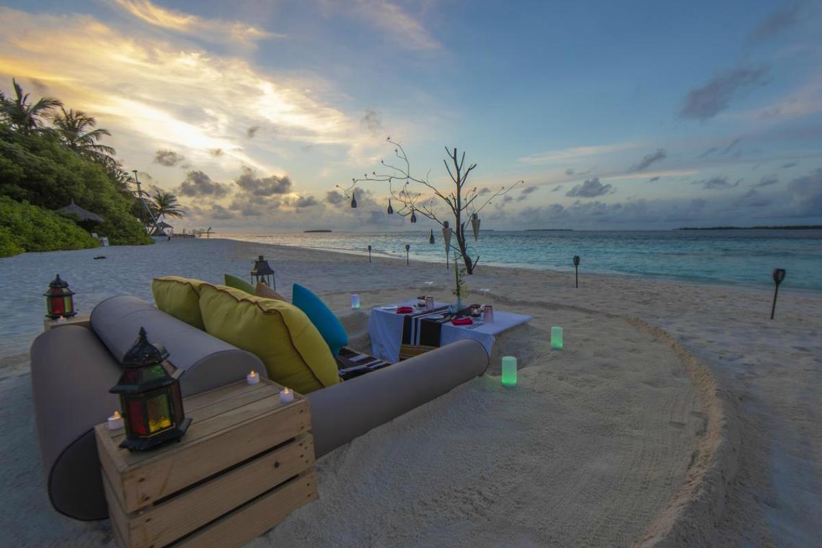 Furaveri Island Resort & Spa – Plaża