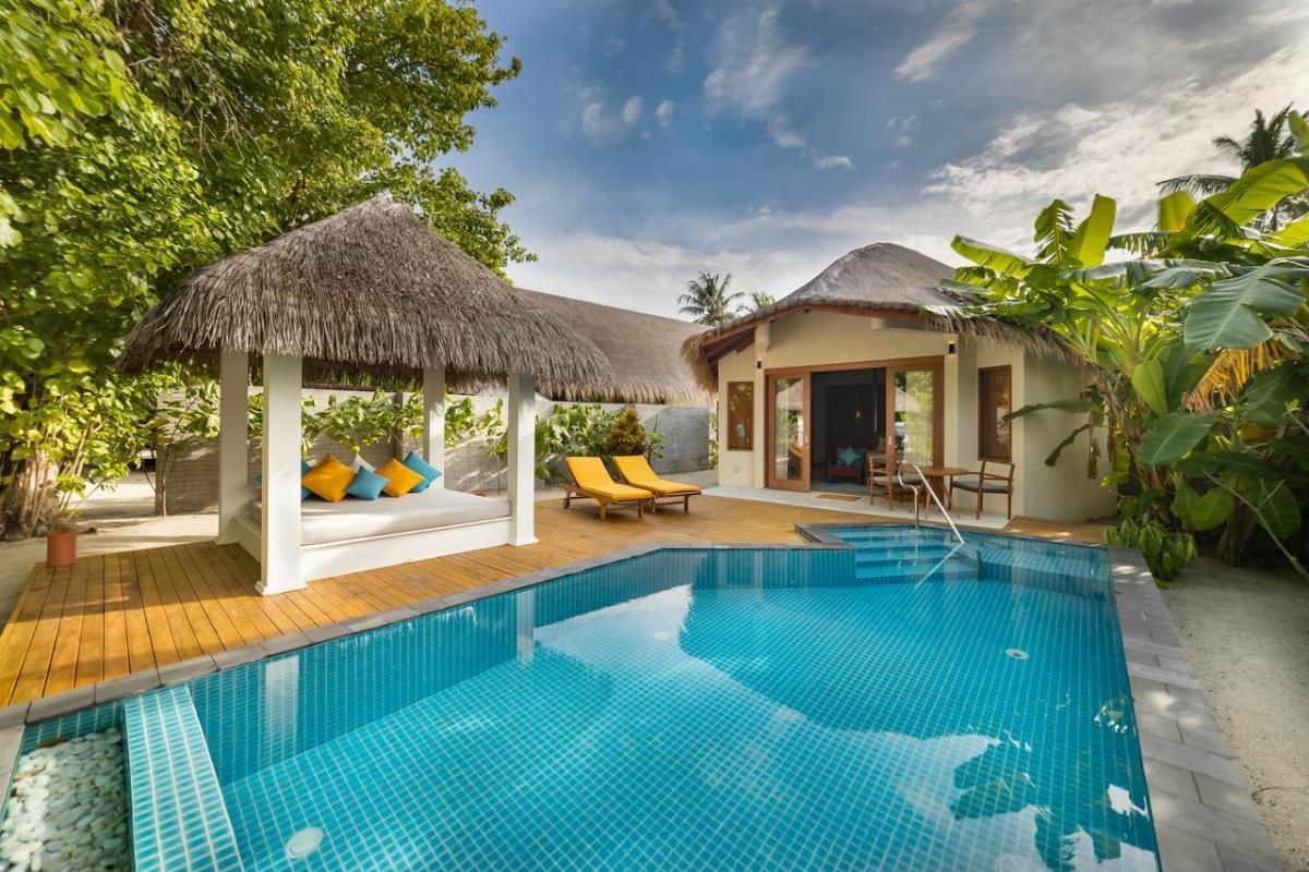 Furaveri Island Resort & Spa – Willa Dhoni z basenem
