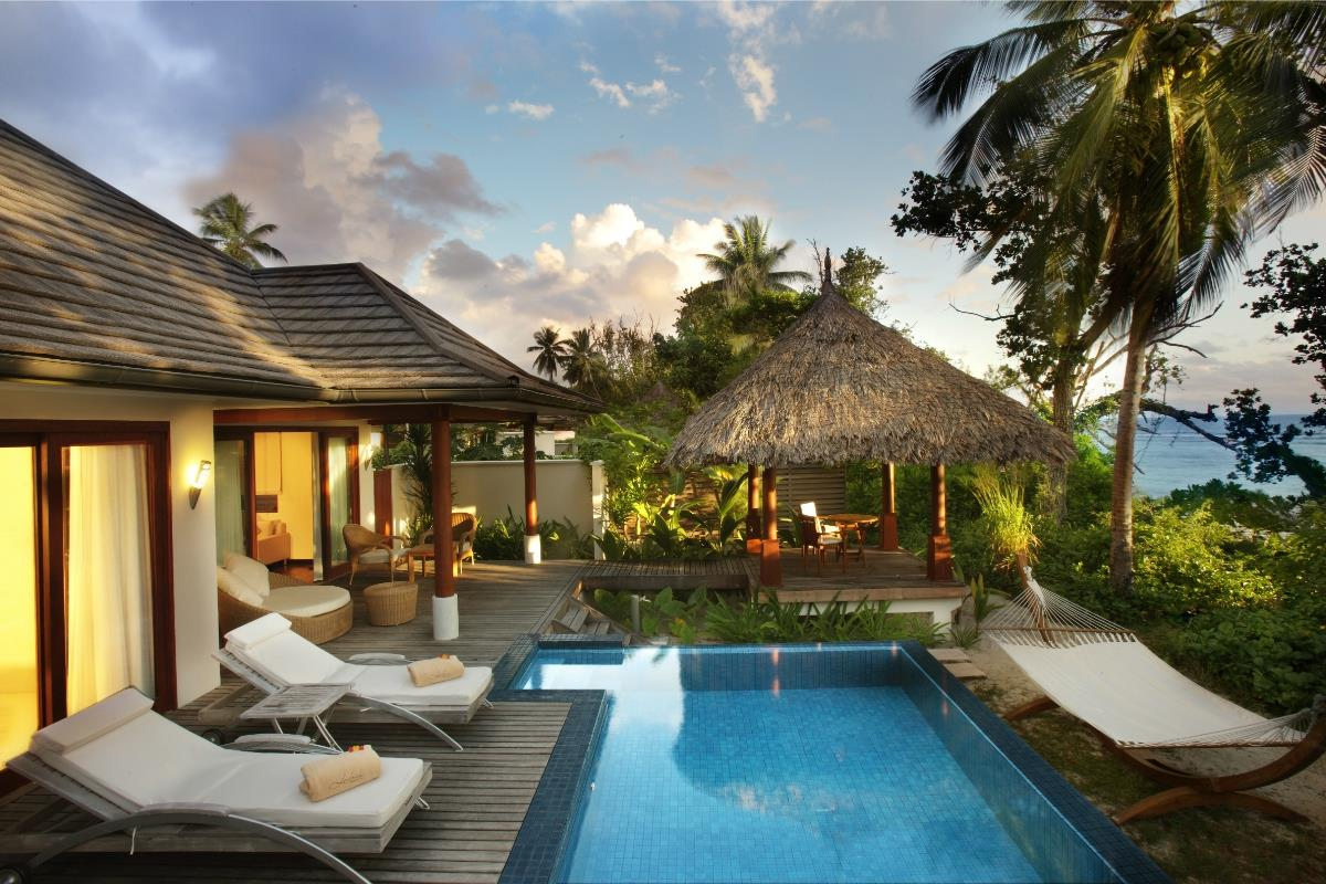 Hilton Labriz – Deluxe Beach Front Pool Villa