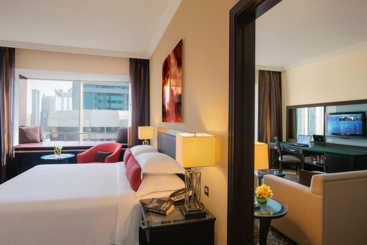 Towers Rotana – Deluxe Suite