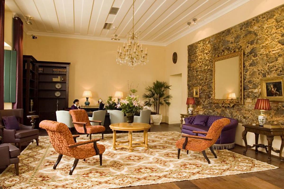 Pestana Convento do Carmo – Lounge