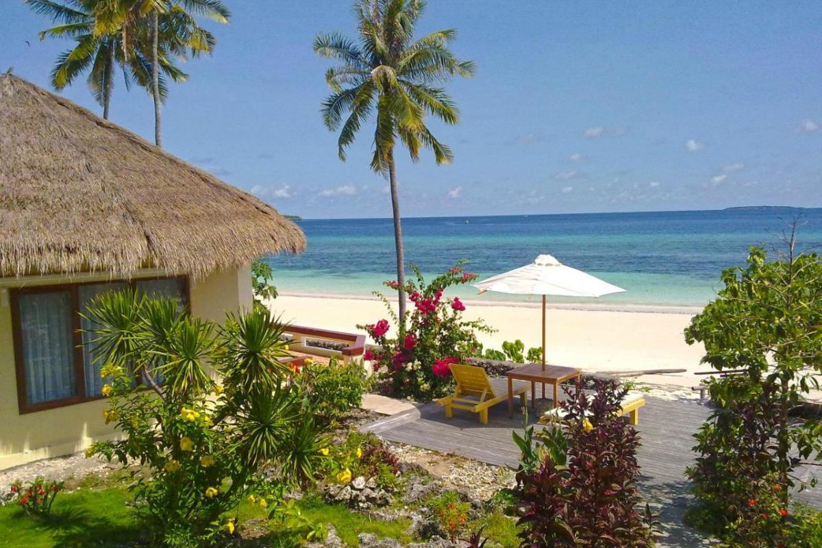 Bara Beach Bungalows – Beach Front Bungalow