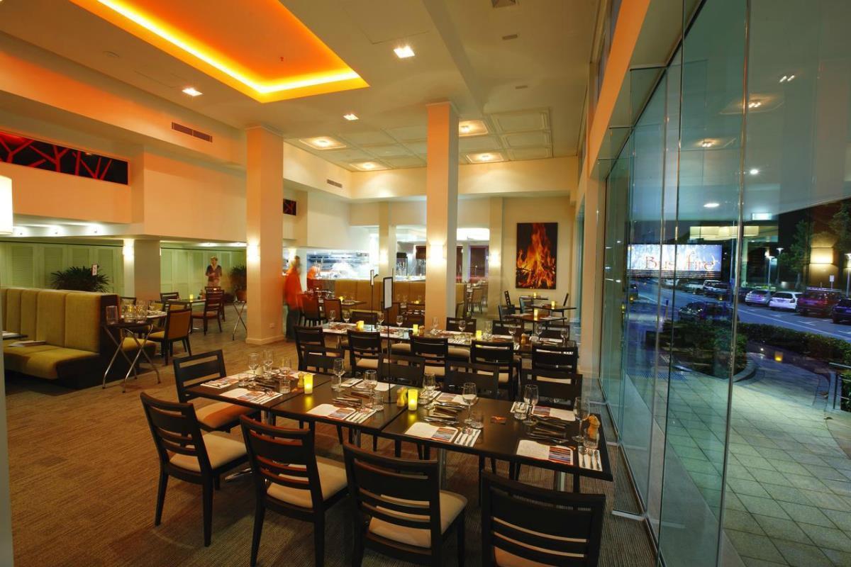 Pacific Hotel Cairns – Restaurcja