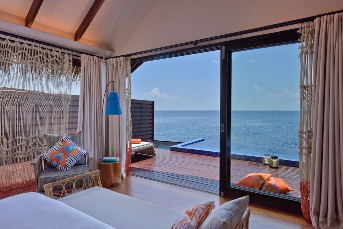 Grand Park Kodhipparu – Ocean Pool Villa